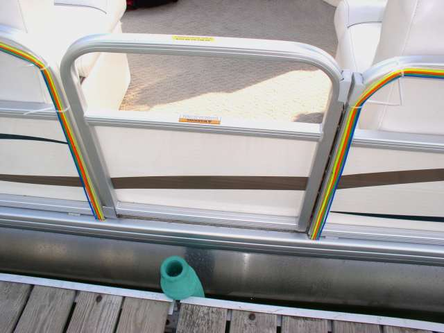 Flexible Neon Tubing Pontoon Boat Project